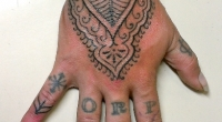 hand ornate lines